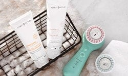Shop clarisonic cleansing face brushes and clarisonic replacement brush heads at LovelySkin to receive free shipping, samples and exclusive offers.