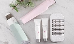 Shop DERMAFLASH exfoliaion tools and DERMAFLASH refils at LovelySkin to receive free shipping, samples and exclusive offers.